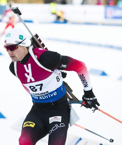 SJUSJØEN 20181124. Nils Erik Ulset under menn sprint skiskyting, lørdag  Foto: Berit Roald / NTB scanpix