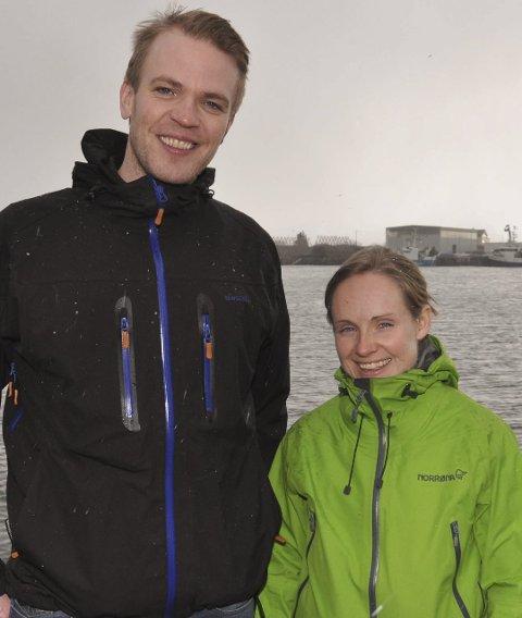Positivt: Øyvind Strand, leder for habiliteringstjenesten i Vågan, er positiv til prosjektet. Her sammen med prosjektleder for tur- og treningskompis-prosjektet, Stine Wike.