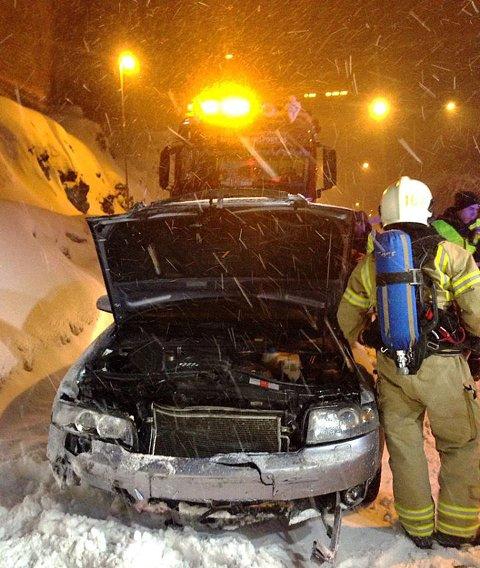 REAL TRØKK: Slik så personbilen ut etter påkjørselen.