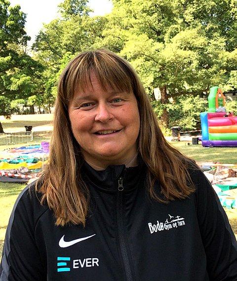 Margrethe Vinje vil i september runde hele ti år som styreleder for Bodø Gym og Turn. Få, om noen, styreledere i en idrettsklub i Bodø har sittet lengre enn Vinje har jgjort i turnklubben.