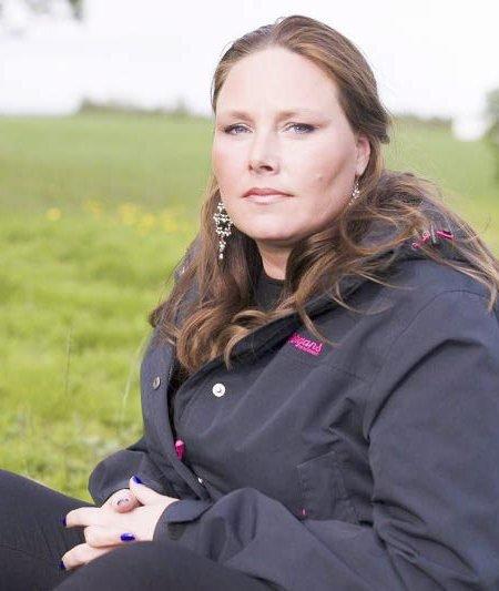 Til topps: Har satt mobbing på dagsordenen: Leserne har stemt fram Katrine Olsen Gillerdalen til «Årets romeriking». Lørdag ettermiddag er det offisiell kåring på Hovedscenen på Torvet. FOTO: VIDAR SANDNES