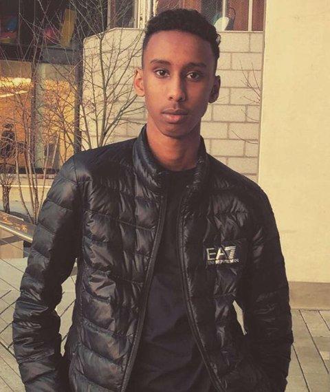 Det var 20 år gamle Hamse Hashi Adan som ble skutt og drep på Mortensrud