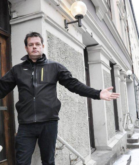 Økologisk mat:  Helge Svensk Jørgensen er overbevist at det er økologisk mat som holder ham frisk. I februar starter han Notodden økologisk i Bjørnstjerne Bjørnsons gate.