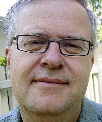 GIKK FOR BLÅTT: Tidligere varaordfører i Tønsberg, Jon Åsheim, ønsker at Kristelig Folkeparti skal forhandle med dagens regjeringspartier først.