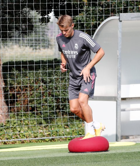Martin Ødegaard under trening med Real Madrid i september