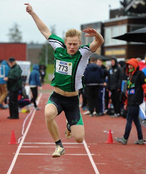 MISLIKER: Per Ellef Aalerud er lite fornøyd med at friidrettsforbundet har avlyst både Ungdomsmesterskapet og junior-NM i friidrett.