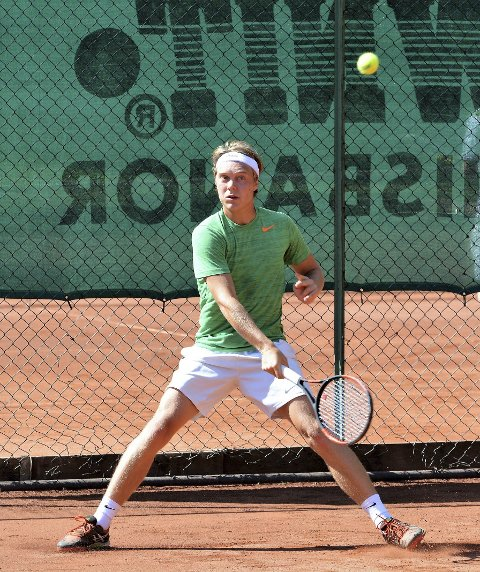 God: Fredrik Øyan Moe viser fin framgang for Moss Tennisklubb. Begge foto: Petter Andresen