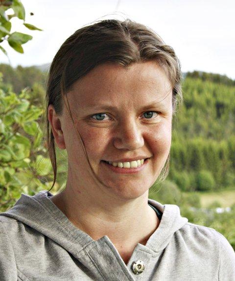 Guide: Eirin Fegstad skal i sommer være guide ved Elstadsamlinga på Otnes.