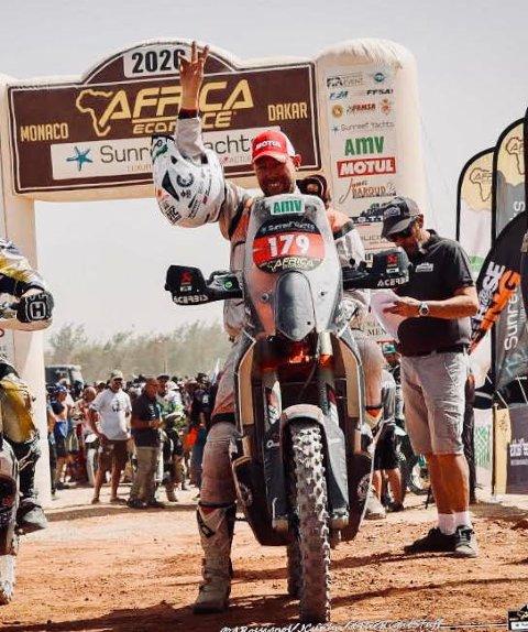 KLAR TIL START: Per Strømsæther klar til start på en av etappene i Africa Eco Race, også kalt the Race to Dakar