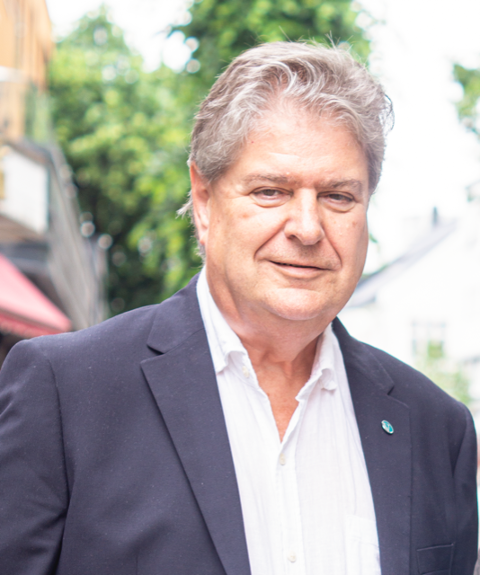 KÅRE PETTERSEN: Venstre-politikeren skriver varmt om organisasjonen Sammen for livet.