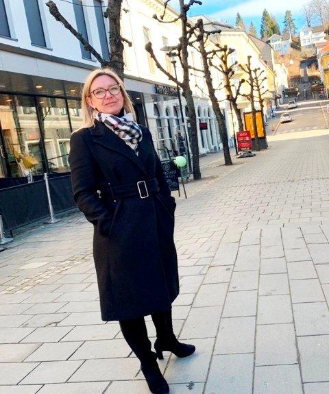 VIL HJELPE: Fastlegeordningen i Skien kommune har vært en utfordring i lang tid. Leder av helseutvalget, Trine Almenning, mener den nye planen vil hjelpe.