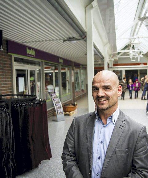 OPTIMIST: Senterleiar Åge Torsvik seier senteret går mot eit rekordår i 2015.