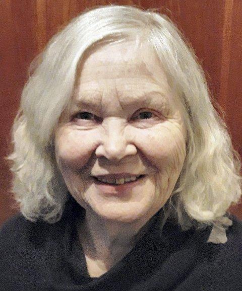 2019: 80-årsjubilant Kari Cranner ser på livet med optimisme og glede. FOTO: Geir LØVli