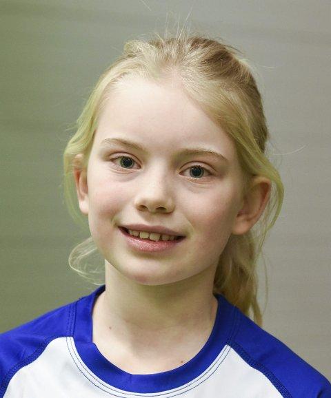 Eline Bjørke Ljostveit (9), Herøysund: – Eg elskar å spela handball og vil læra meir. Trenar ein gong i veka elles.