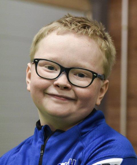 Gaute Svendsen Andreassen (10), Halsnøy: – Det er gøy. Eg spelar handball frå før og går på trening ein gong i veka.