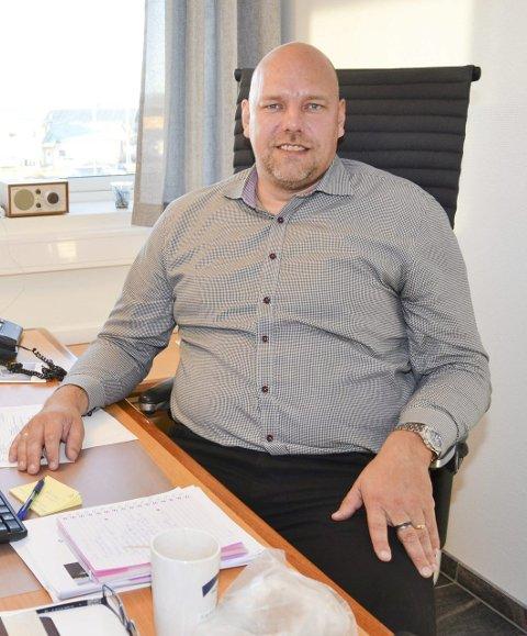 Tar med vadsø til torgs: Når ordfører Hans-Jacob Bønå møter i Høyres kommunalutvalg, blir det først og fremst med Vadsøs problemstillinger i bagasjen.