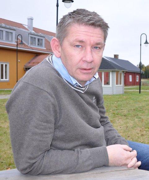 Slutt: Mottaksleder Jan-Ivar Lorentzen utenfor Nybøle mottak ved oppstarten høsten 2013. arkivfoto