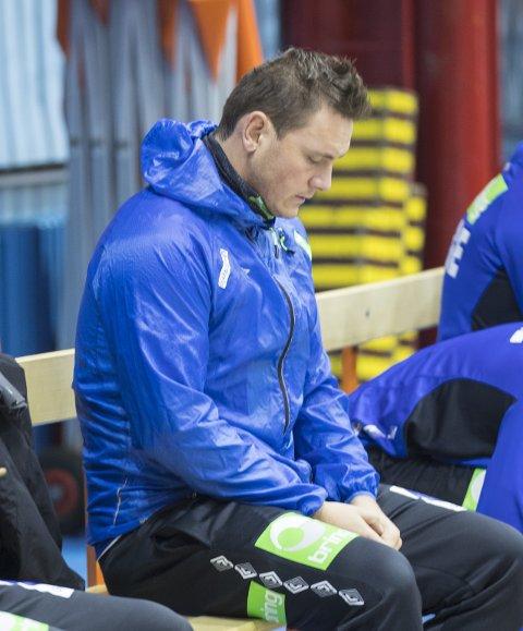 NEDTUR: Joakim Hykkerud skulle gjerne spilt mer, men Notodden-mannen holder humøret oppe så godt han kan. Lørdag kveld venter hjemmenasjonen Kroatia i EM.FOTO: Vidar Ruud / NTB scanpix