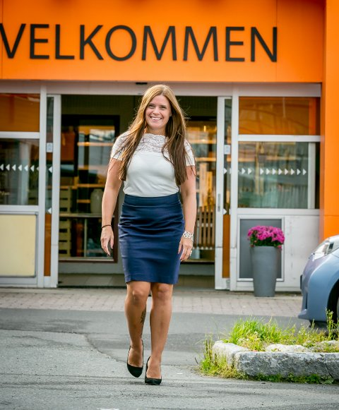 NYSENTERLEDER: Elisabeth Karlsen gleder seg stort.