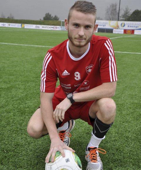 Scorer: Selv om Jevnaker tapte 1-3 for Modum, fant Aleksander Bakken Tveter veien til nettmaskene.