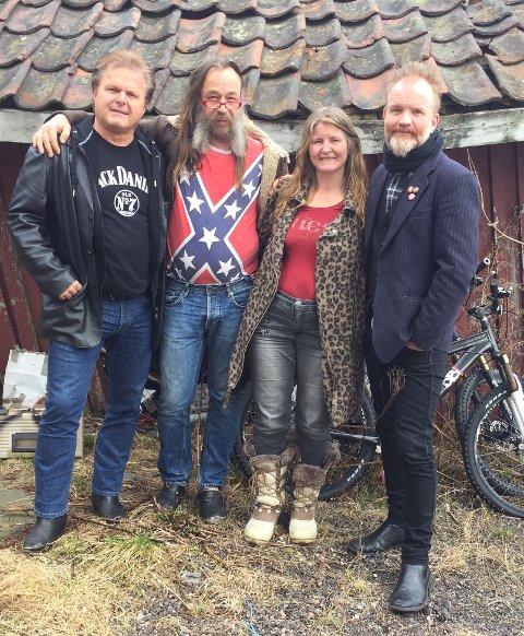 Tostrup Terrasse har inntatt TV-skjermene, her Roald Villesvik (t.v.) og Frank Tostrup (t.h)