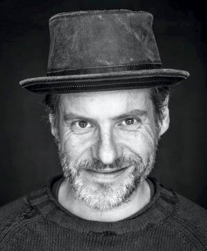 PRISVINNER: Erlend Skomsvoll holder lunsjkonsert i Kongsberg Musikkteater 26. januar.
