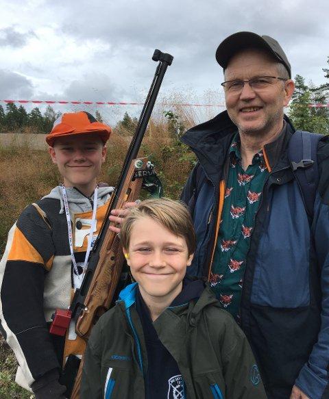 Familien Afdal, med feltfinalisten Odin til venstre