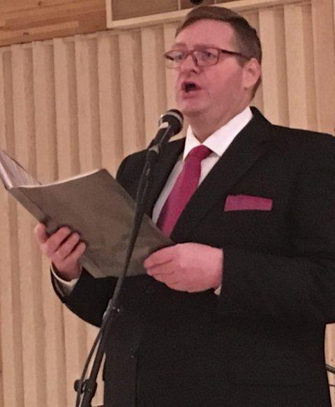 Bidro: Odd-Arne Thorbjørnsen serverte en vakker versjon av «O helga natt» under lysmessen.