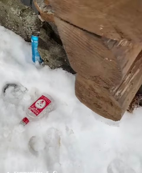 Sprit- og ølflasker var det som møtte barnehagebarna på mandag morgen.