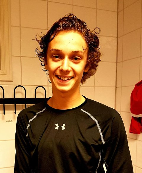 Haakon Lyche Lunde (16) scoret sitt første a-lagsmål mot Gjerpen.