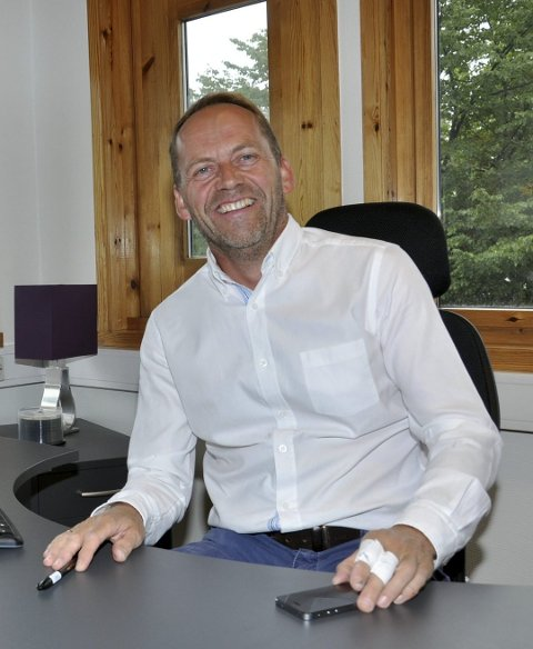 STYRELEDER: Leif Atle Viken, ny styreleder i Mack ølbryggeri og Ludvig Mack.