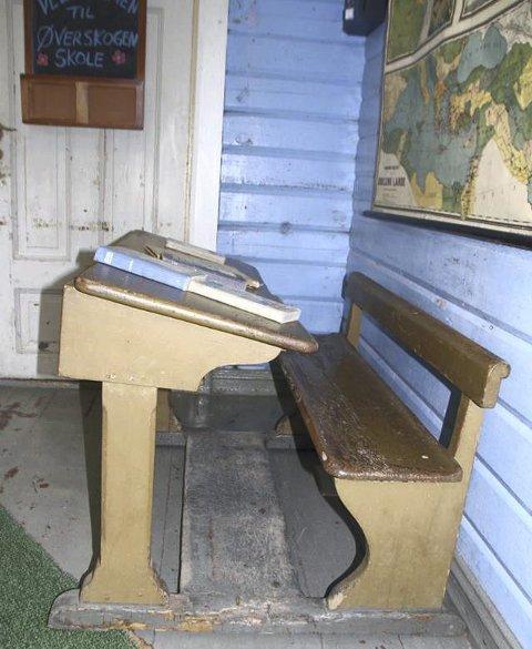 Bevart: Noen gamle pulter og benker er tatt vare på.