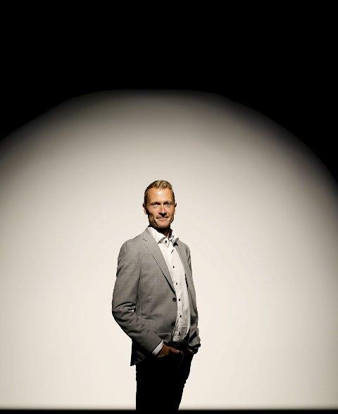 INVESTERING: Kultursjef Torolf Kroglund mener Risør vil høste frukter av kunstsatsingen over tid.