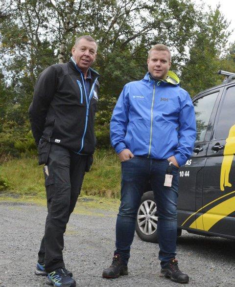 HUSEVÅG RØR: Olav NydaL og Kristian Nydal ligg ikkje på latsida.