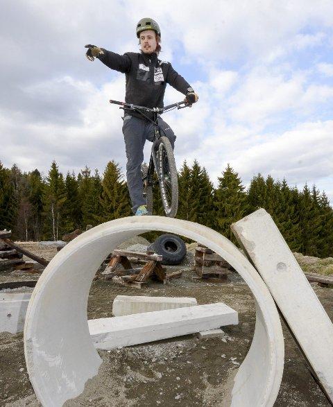 Trives: Eirik Ulltang trives på Gullenga på Tomter.