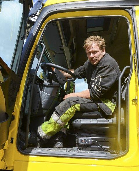 Thord Paulsen driv firmaet med same namn i Odda. Måndag rykte han ut til Varaldsøy etter at ein tankbil hadde sklidd av vegen.