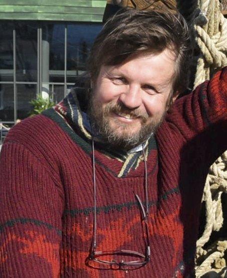 TIDLIGERE VINNER: Under Litteraturuka skal Riksmålsforbundets litteraturpris deles ut i Sandefjord bibliotek. Fjorårets vinner var Tom Egeland.