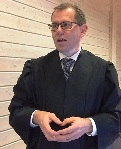 AKTOR: Statsadvokat Thorbjørn Klundseter ba om streng forvaringsdom for den tiltalte. (Foto: Gunnar Østmoe)