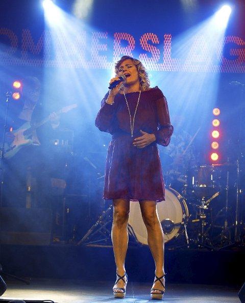 ERFARING: Christian Dyresen sier Ingvild har stor erfaring og en helt særegen måte å formidle sanger på.