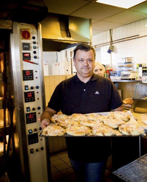 SNART MED: Fra og med månedsskiftet kan du hente matvarer til redusert pris hos Terje Vålberg på Garcon på Lillestrøm stasjon. Foto: Tom GustavseN