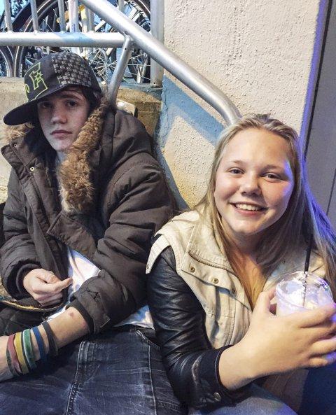 OUTSIDER: Jo André Gabrielsen – her sammen med Marita Fredly – føler seg velkommen på Café 3:16.