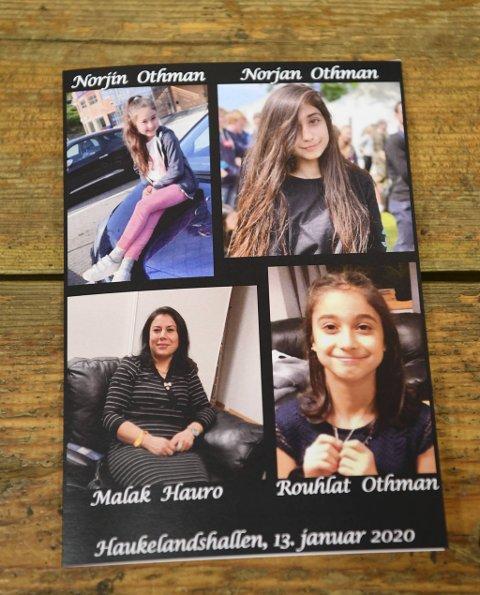 Bilder av de tre søstrene og deres mor. Ble delt ut i Haukelandshallen under seremonien.