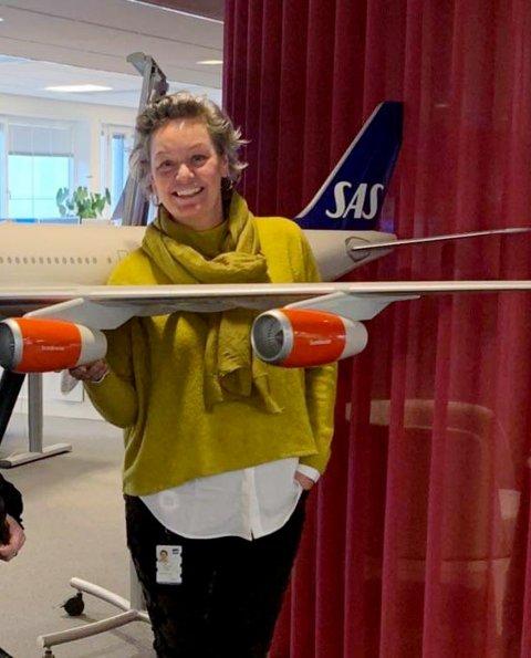 Trude Christin Svae fra Lillehammer måtte slutte etter 25 år som ansatt i SAS fordi avdelingen hun jobbet i ble lagt ned på grunn av koronapandemien.