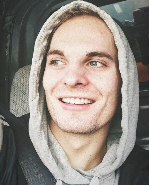 24 år gamle Nicolai Espetvedt er sakna etter ulykka i Salhusfjorden.