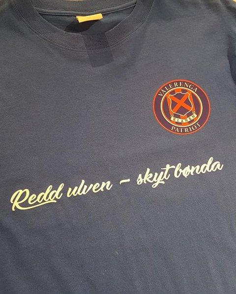Denne t-skjorten provoserer Sp-leder Trygve Slagsvold Vedum. (Skjermdump)