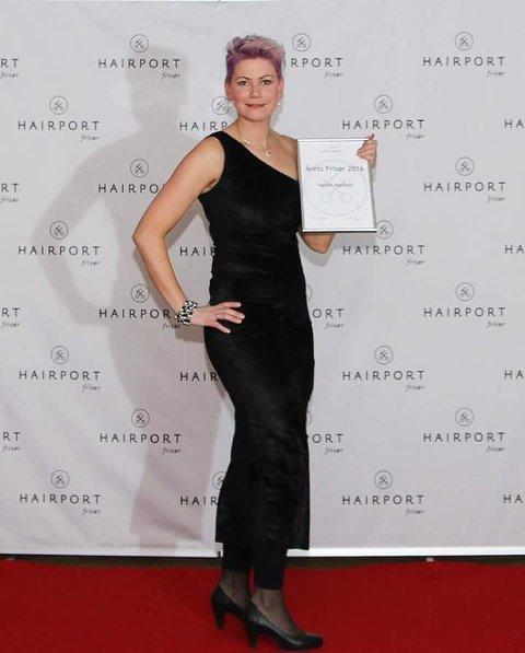 TIL TOPPS: Helen Madsen fra Skarnes er kåret til Årets frisør i Hairport-kjeden.