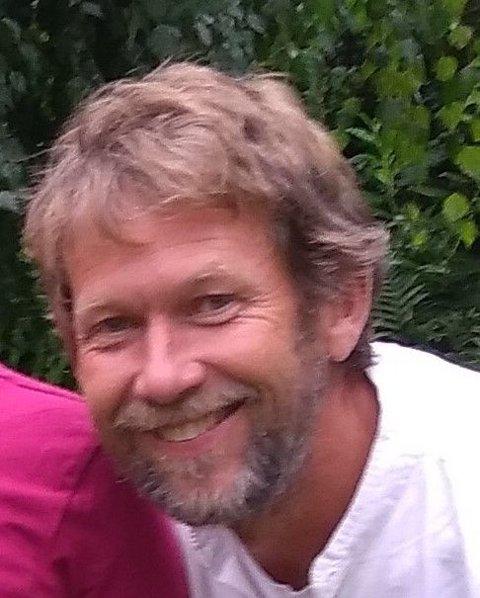 INNSENDEREN: Erik Høivold.
