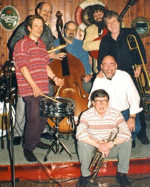 Jazzblikk: Røyken Jazzforum har hatt utallige konserter siden starten i 1986. Her et lite tilbakeblikk fra Bechers julejam i 2000.Arkivfoto