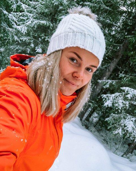 MEKANIKERPROFFEN SKIFTER BEITE: Ida Strømbu Strømsaas (27) gir seg med motorsport på heltid. Fortsatt skal hun jobbe i bilbransjen, men det er mer tvilsomt om hun kommer til å bli svart på henda på samme måte som før. (Sveip for å se flere bilder)