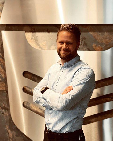 LEDERTALENT: Mads E. Larsen oppnådde svært gode resultater som markedssjef for Hunderfossen Eventyrpark.